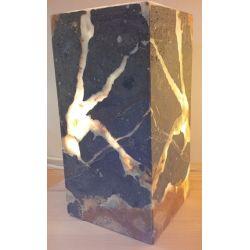 Luminaire en forme de Cube en onyx assemblé en forme de feuille 15 X 15 X 35 cm     2Kg